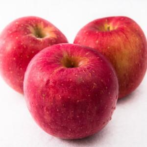 りんごの皮って食べてもいいの? 野菜や果物の正しい農薬の落とし方とは
