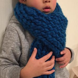 ダイソー【毛糸deリリアン】を使って、編み物初心者の私がマフラー作りにチャレンジしてみた!