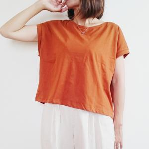 【ZARA新作】秋まで着られるクロップド丈Tシャツがオススメ!タックインしなくてもキマる♪