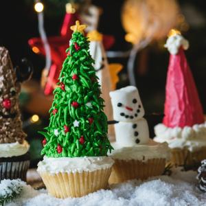〆切間近!【夢のクリスマスケーキコンテスト】に応募してジャンボシュークリームを貰おう!