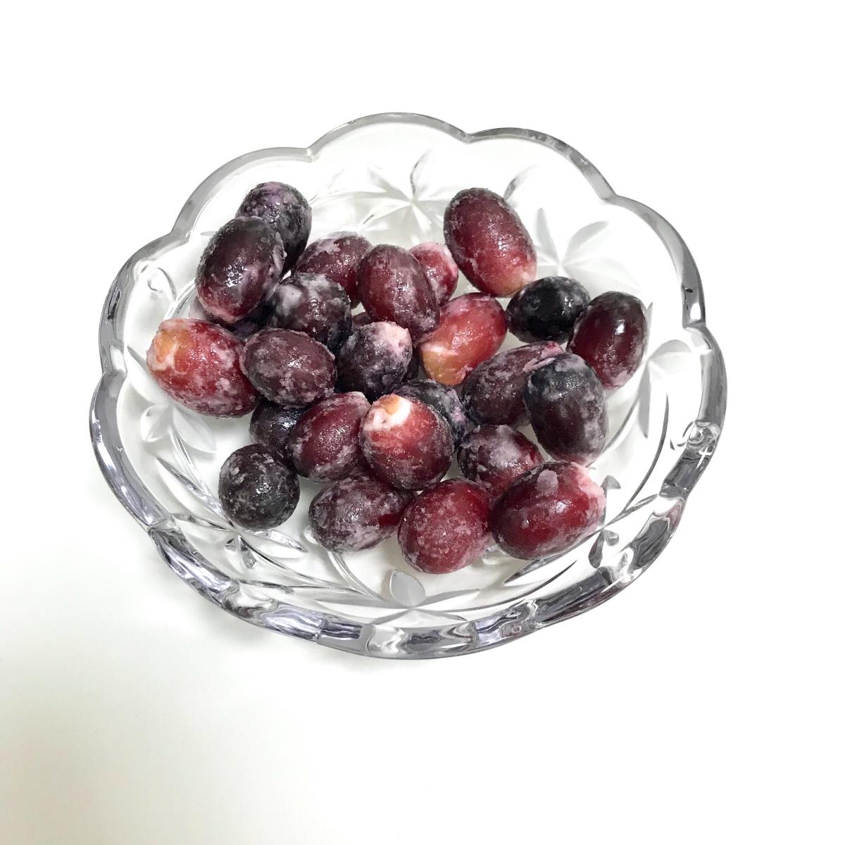 ぶどう そのまま 食べる セブンイレブンの冷凍フルーツ『そのまま食べるぶどう』種なし皮ごと食べられる